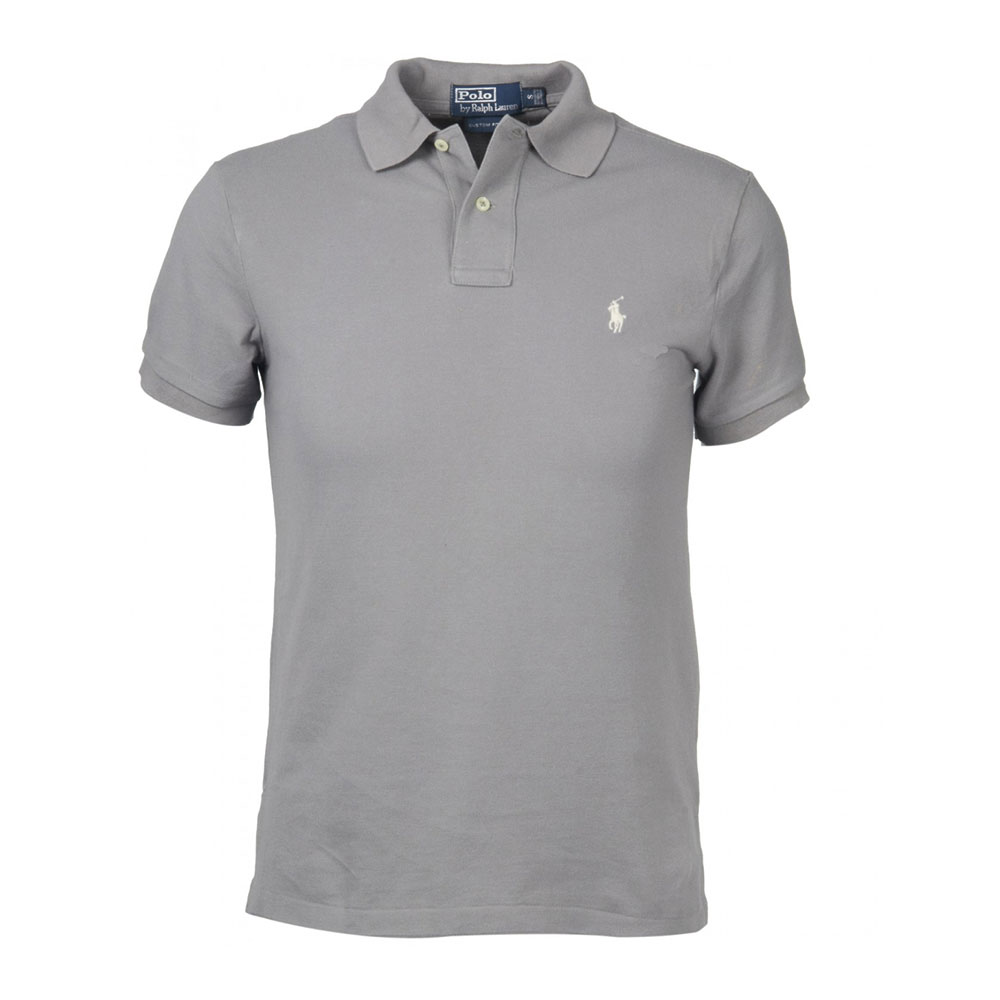 Sep 28,  · With a little searching and some tenacity you can look like a million bucks in your Polo brand clothing while only spending a fraction of the department store price. Find a factory outlet store. Ralph Lauren runs